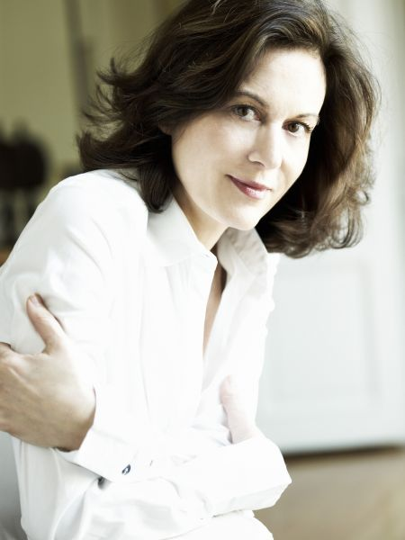 Bis an die Grenze - Regisseurin Anne Fontaine