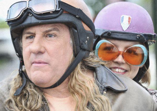 Mammuth - Mammuth (Gérard Depardieu) und Miss Ming...Ming)
